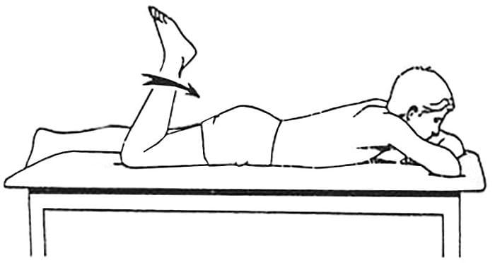 تمرین خم کردن پا برای پارگی مینیسک