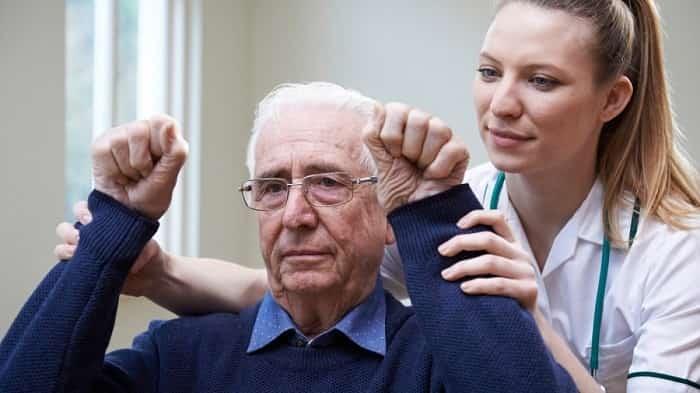 برنامههای سرپایی و بستری پس از سکته مغزی