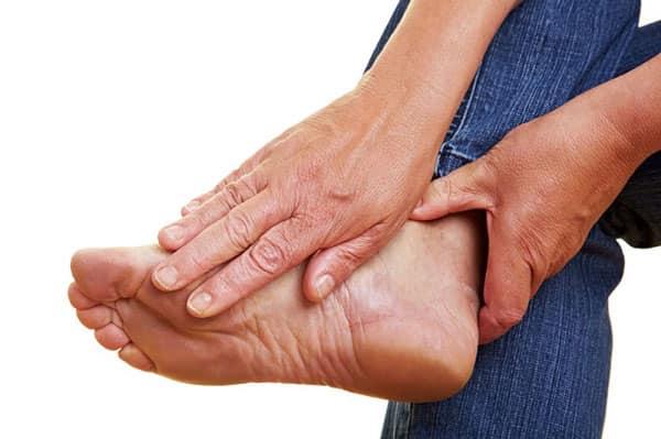 درمان مورتون نوروما یا سوزش و گزگز بین انگشتان پا با روشهای غیرجراحی