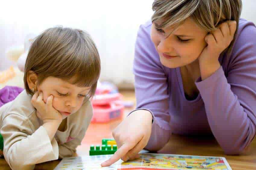 علت دیر حرف زدن کودک (تاخیر در گفتار) و درمان آن با گفتار درمانی