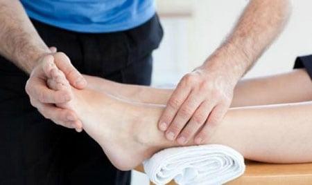 درمان پیچ خوردگی مچ پا با فیزیوتراپی