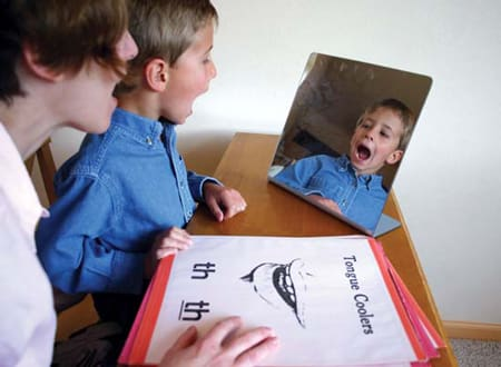 درمانفلج مغزی با گفتاردرمانی